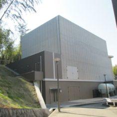 大阪大学超高圧電子顕微鏡棟新営